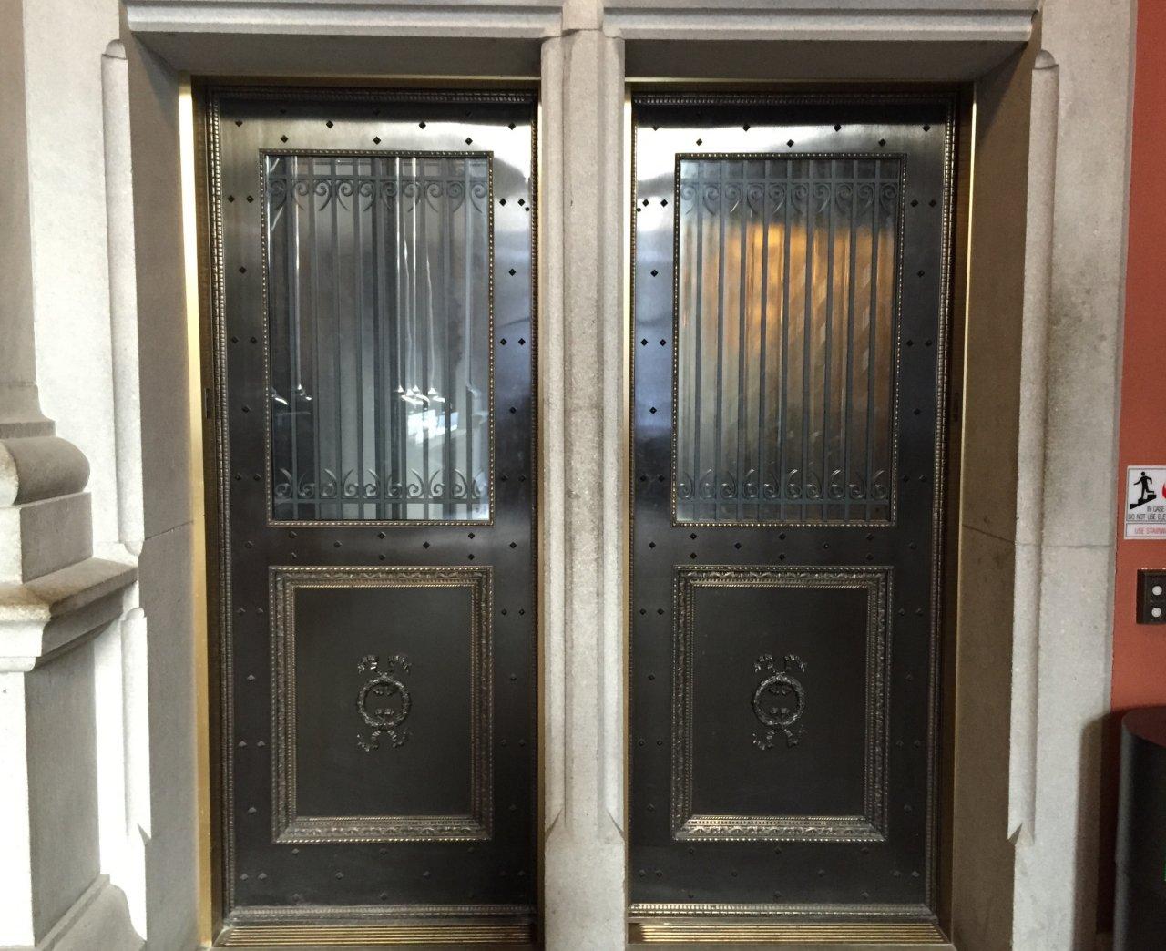 Bronze Hoistway Doors Elevator Entrance Elevator Interiors
